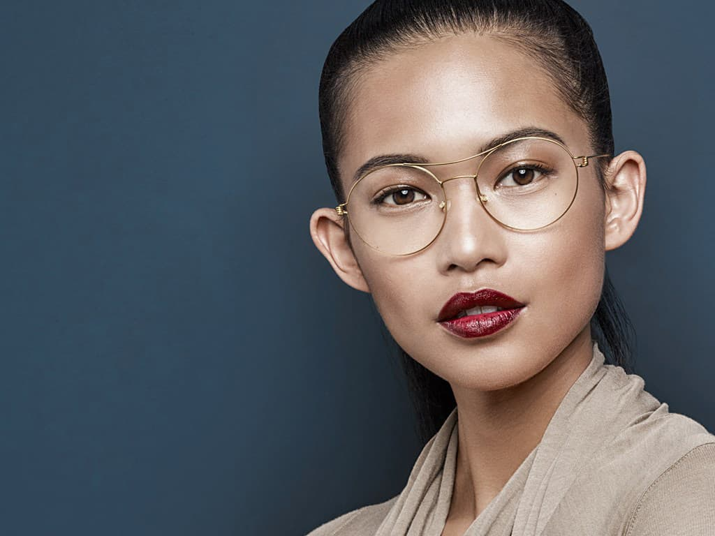asian-model-with-glasses
