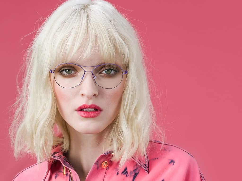 blonde-model-with-glasses